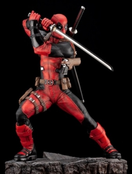 Deadpool-Maximum-Fine-Art-Statue-4