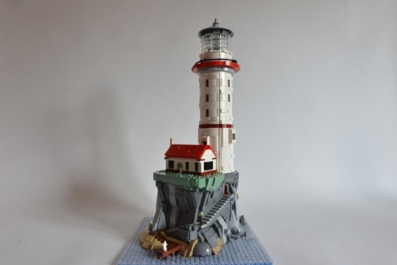 LEGO-Ideas-Motorized-Lighthouse-2