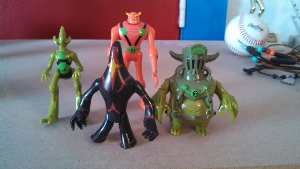 Birthday Scavenger Hunt Finds Ben 10 Omniverse Figures