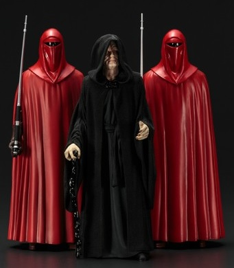 Kotobukiya Created an Emperor Palpatine Royal Guard ARTFX+ Pack