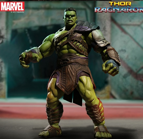 Mezco Ragnarok Hulk Is a Perfect Fit