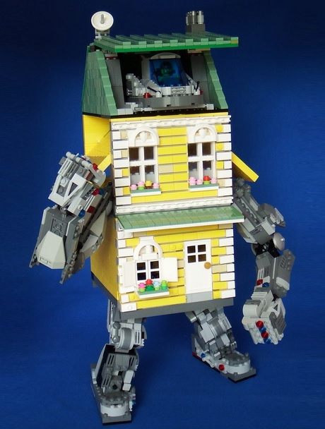 LEGO Ideas: The Mecha Townhouse
